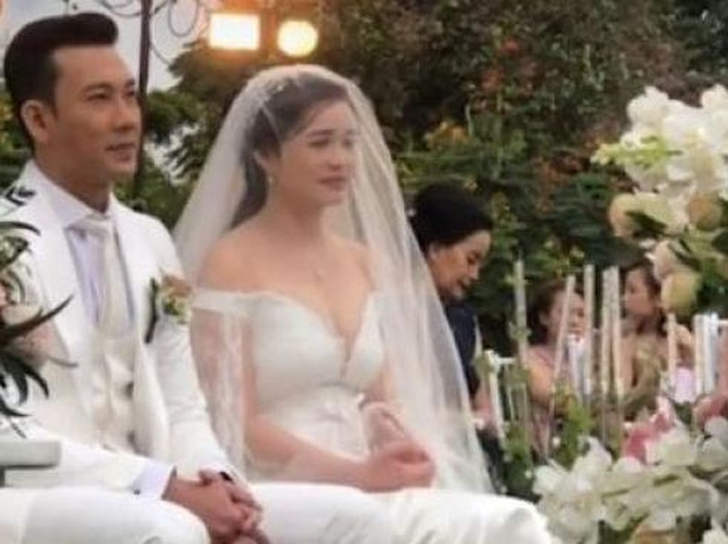 Denny Sumargo Menikah Tanpa Dihadiri Orang Tua Olivia Allan