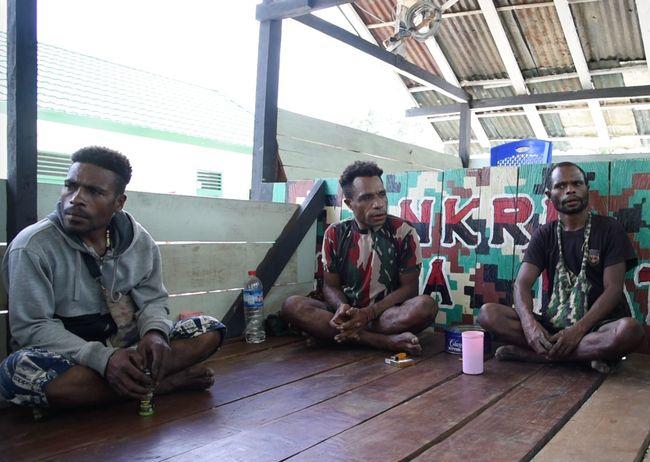 Listrik Tenaga Surya Beri Cahaya di Ujung Indonesia