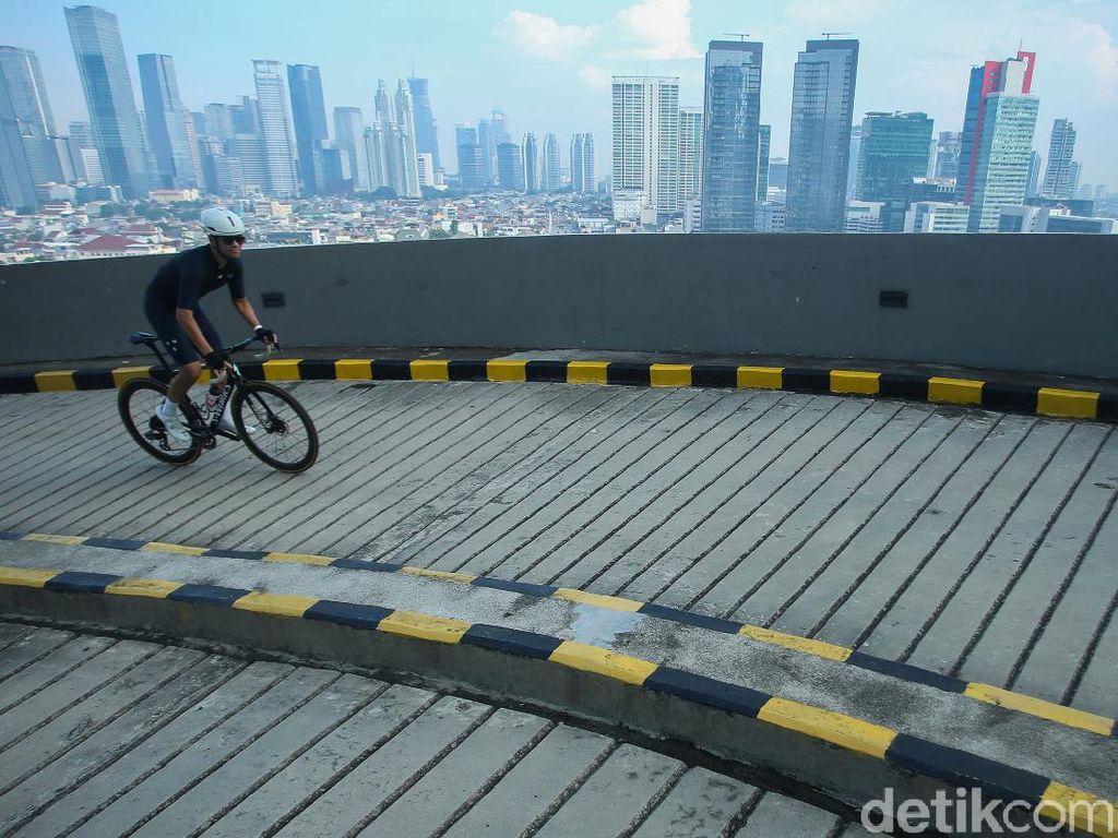 Tanjakan 13, Trek Sepeda Sepanjang 1 Km di Mall Kuningan City