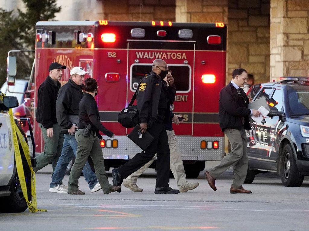 8 Orang Terluka dalam Penembakan di Mal AS, Pelaku Masih Diburu