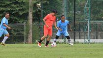Video Ricky Yacobi Pingsan di Lapangan, Meninggal Saat Dibawa ke RS