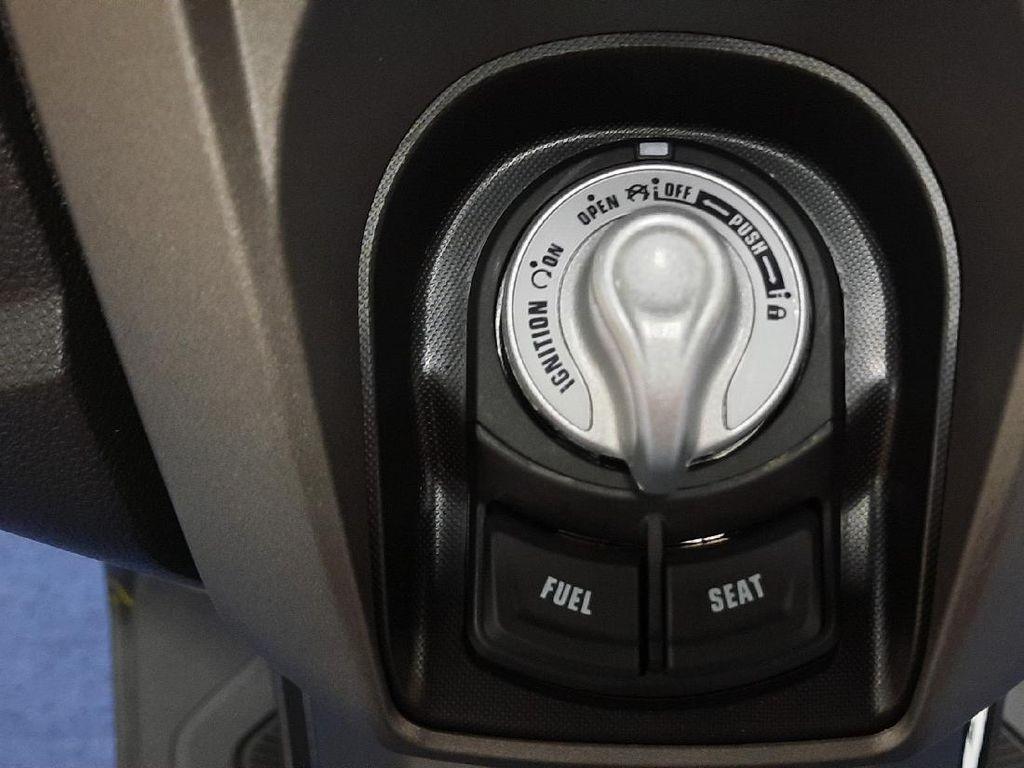 Makin Banyak Motor Pakai Keyless, Kunci Biasa Bakal Punah?