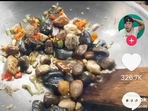 5 Masakan Batu yang Bikin Heran, Ditumis hingga Campur Telur