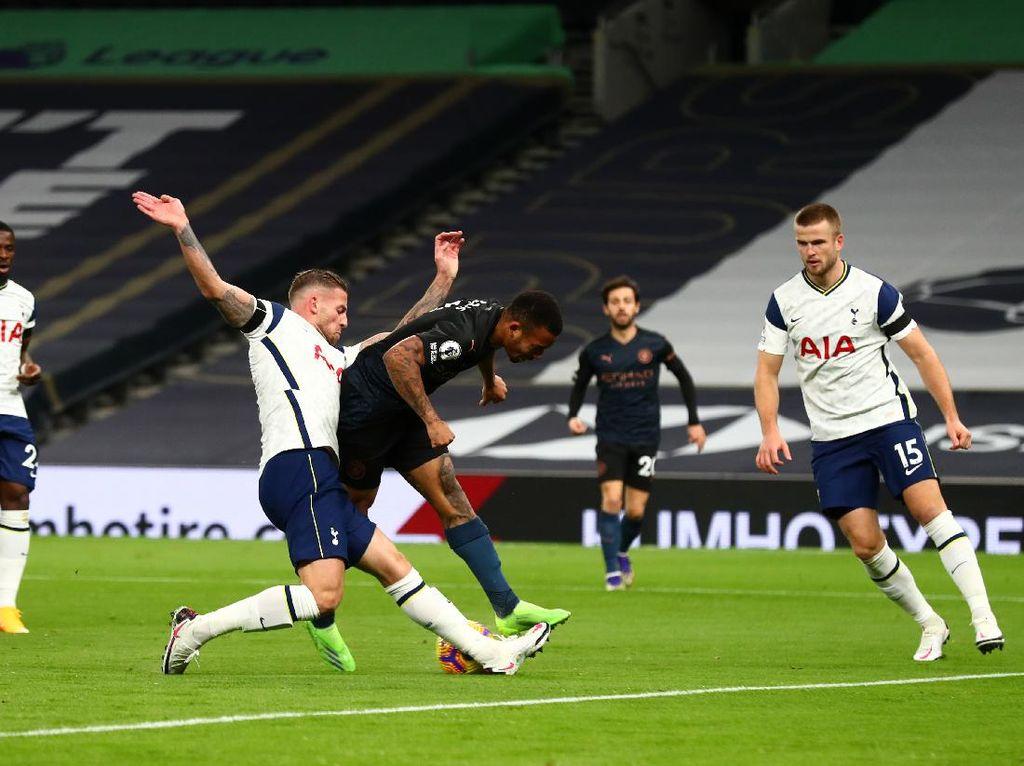 City Seret Gol di Premier League