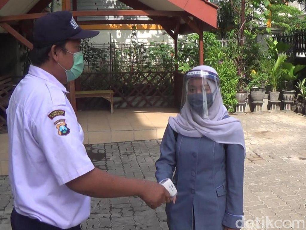 Jelang Sekolah Tatap Muka, 4.374 Siswa SMP di Surabaya Swab Hari Ini