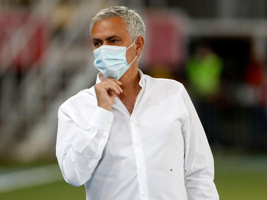 Mourinho Sesalkan Kasus Rasisme di Laga PSG Vs Istanbul Basaksehir