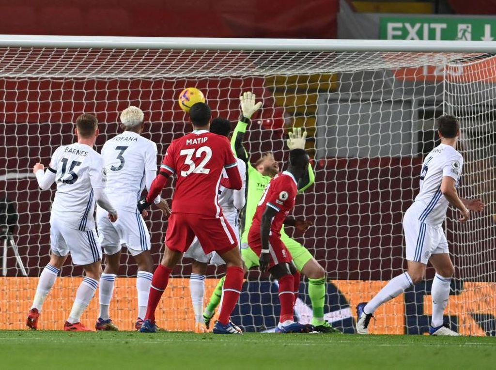 Babak I Selesai, Liverpool Ungguli Leicester 2-0