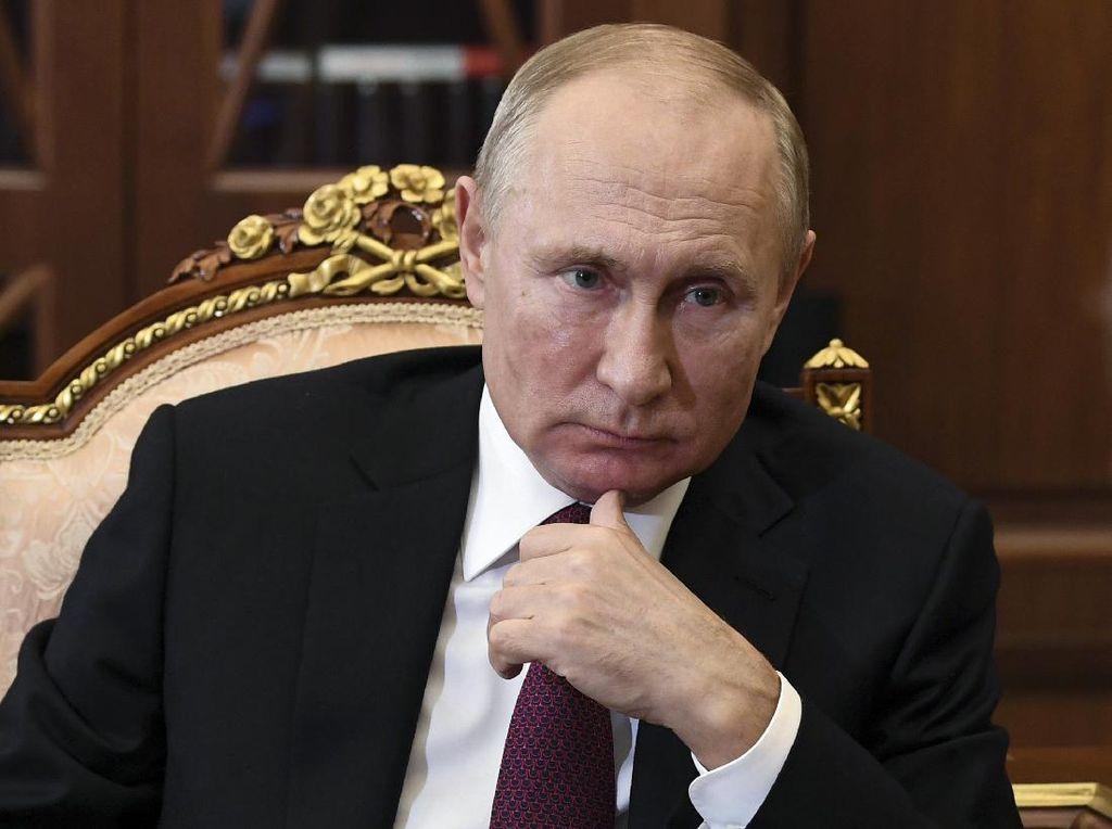 Vladimir Putin Umumkan Antibodinya Meningkat Setelah Divaksinasi