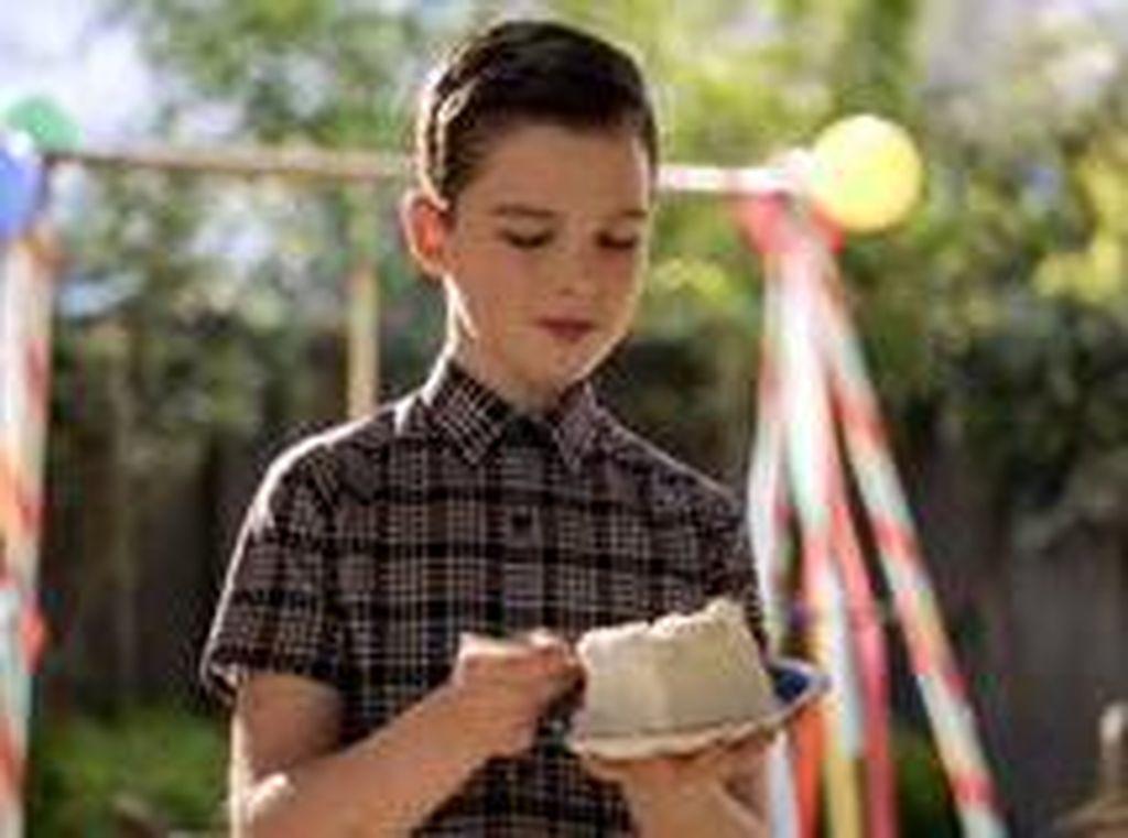 Lebih Dekat dengan Bintang Young Sheldon Aktor Cilik Iain Armitage