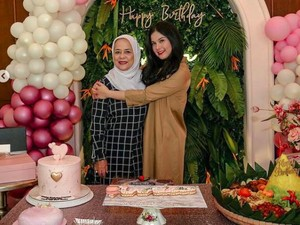 Ulang Tahun, Annisa Pohan Sampaikan Rasa Terima Kasih pada Sang Ibu