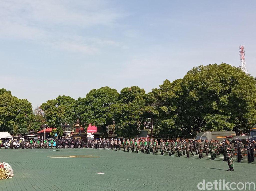 Jelang Pilkada, Ridwan Kamil Ingatkan TNI-Polri Jaga Netralitas