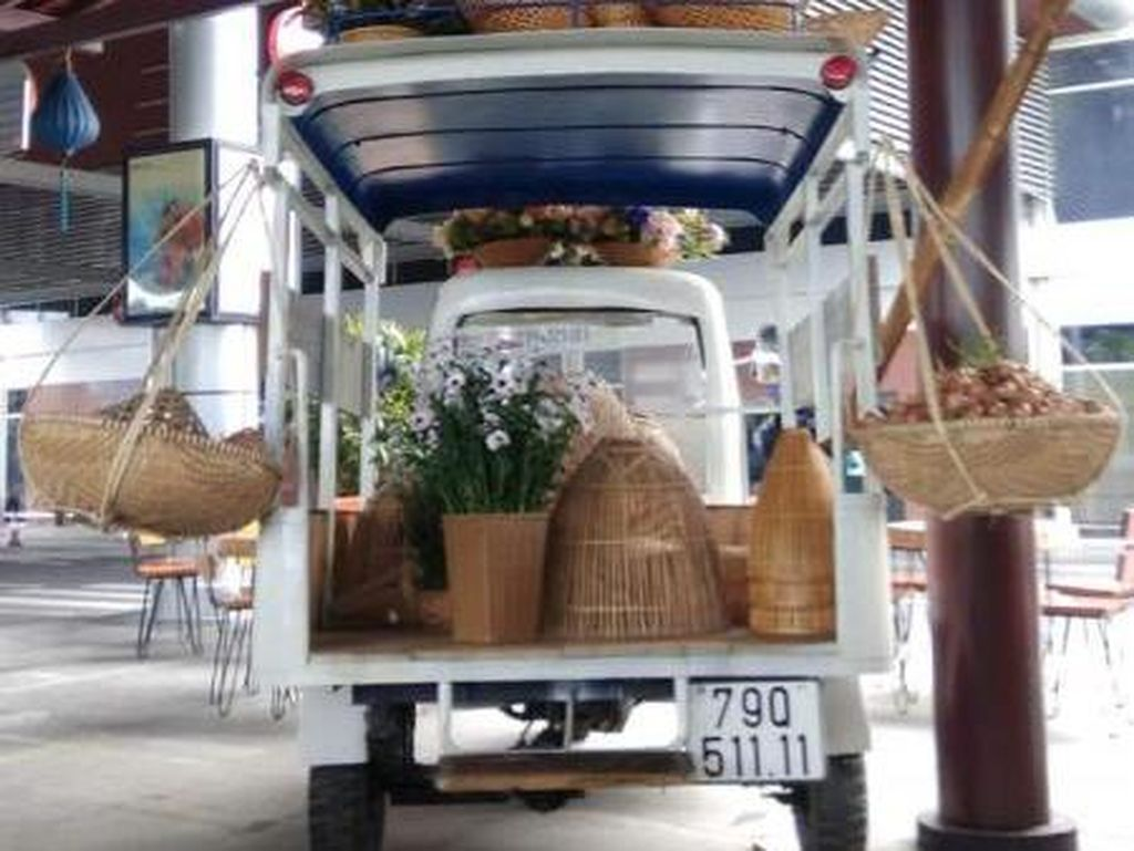Food Court Bandara Vietnam yang Miliki Nuansa Tradisional