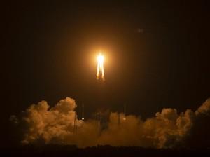 Mendarat di Bulan, Pesawat Luar Angkasa China Kumpulkan 2 Kg Batu-Tanah
