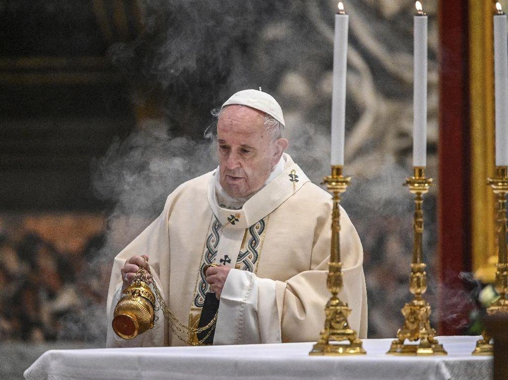 Kunjungi Irak, Paus Fransiskus Minta Kekerasan dan Ekstemisme Dihentikan
