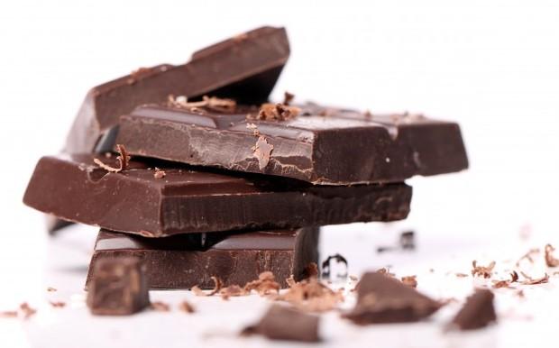 Coklat hitam dapat mengatasi masalah disfungsi ereksi.