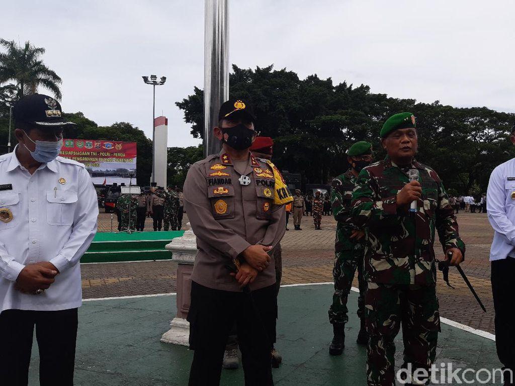 Pangdam Siliwangi-Kapolda Banten Siap Turunkan Baliho Habib Rizieq