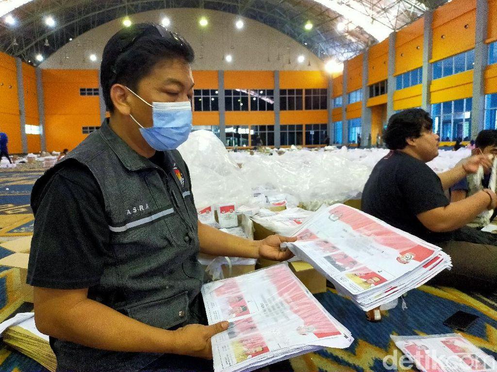 KPU Sortir 599.685 Surat Suara Pilwalkot Makassar, 6.274 Surat Suara Rusak