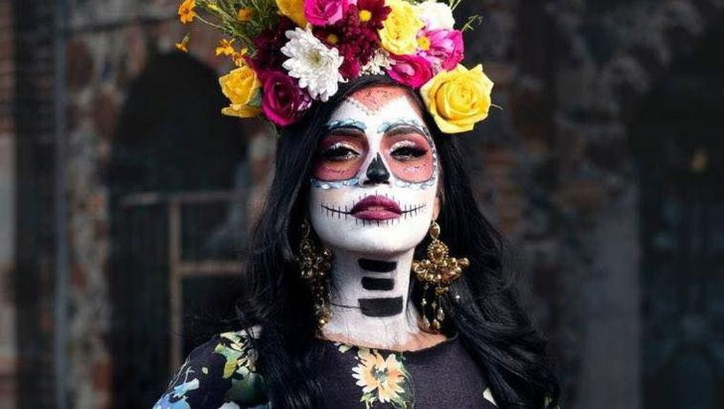 10 Potret Kontestan Miss Mexico Rayakan Hari Orang Mati, Cantik Tapi Seram