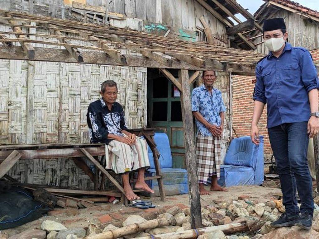 Harno-Bayu Janjikan Pembangunan Merata di Pesisir Rembang