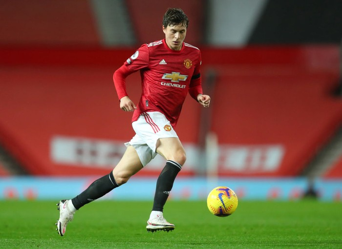 MANCHESTER, ENGLAND - NOVEMBER 21: Victor Lindelof of Manchester United during the Premier League match between Manchester United and West Bromwich Albion at Old Trafford on November 21, 2020 in Manchester, England. Sporting stadiums around the UK remain under strict restrictions due to the Coronavirus Pandemic as Government social distancing laws prohibit fans inside venues resulting in games being played behind closed doors. (Photo by Catherine Ivill/Getty Images)
