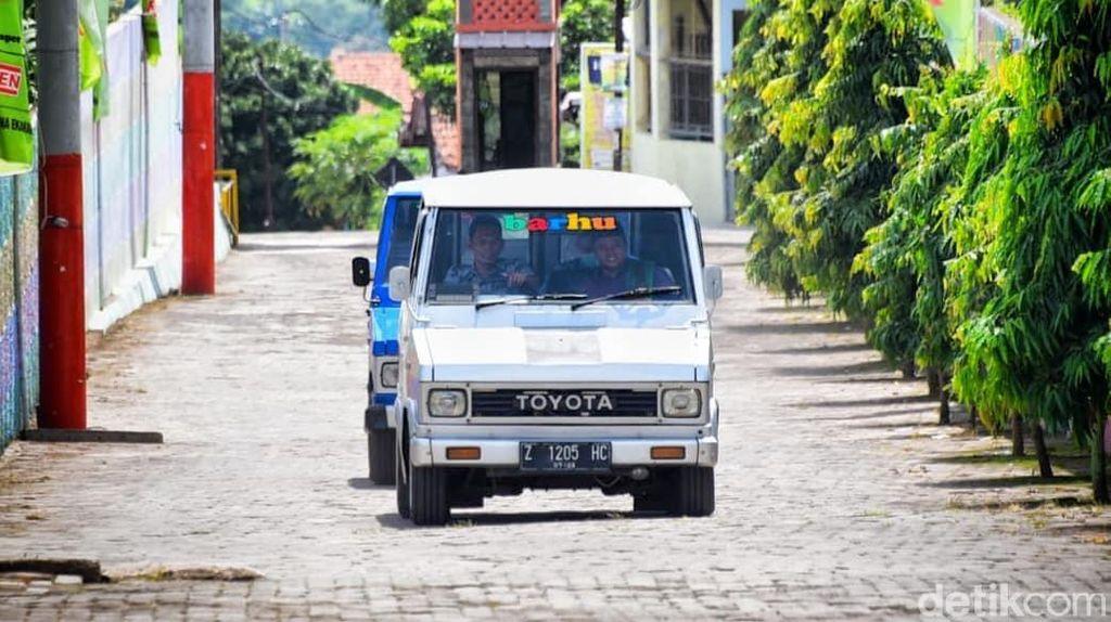 Potret Motuba Kijang Doyok Milik Wagub Jabar yang Diusir saat Parkir VVIP