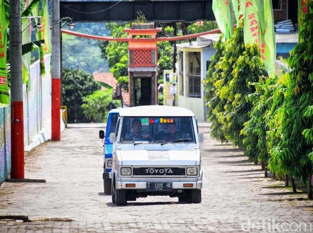 Cerita Wagub Jabar Pakai Motuba Kijang Doyok, Ditolak Parkir Tamu VVIP