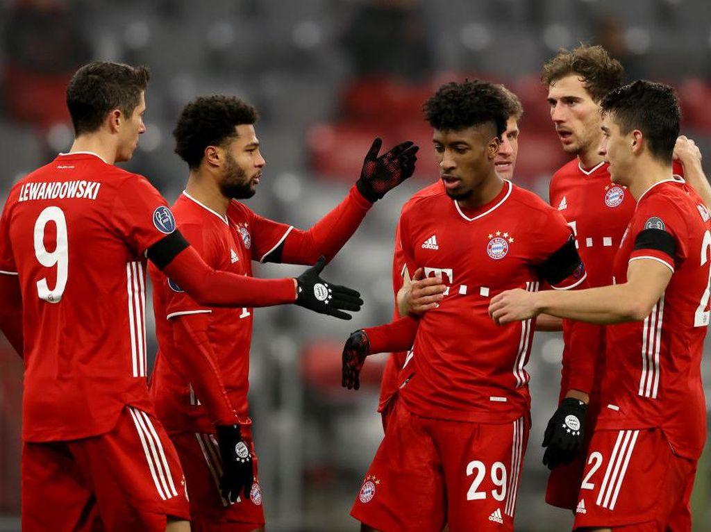Bayern Vs Salzburg: 10 Pemain Die Roten Menangi Laga 3-1