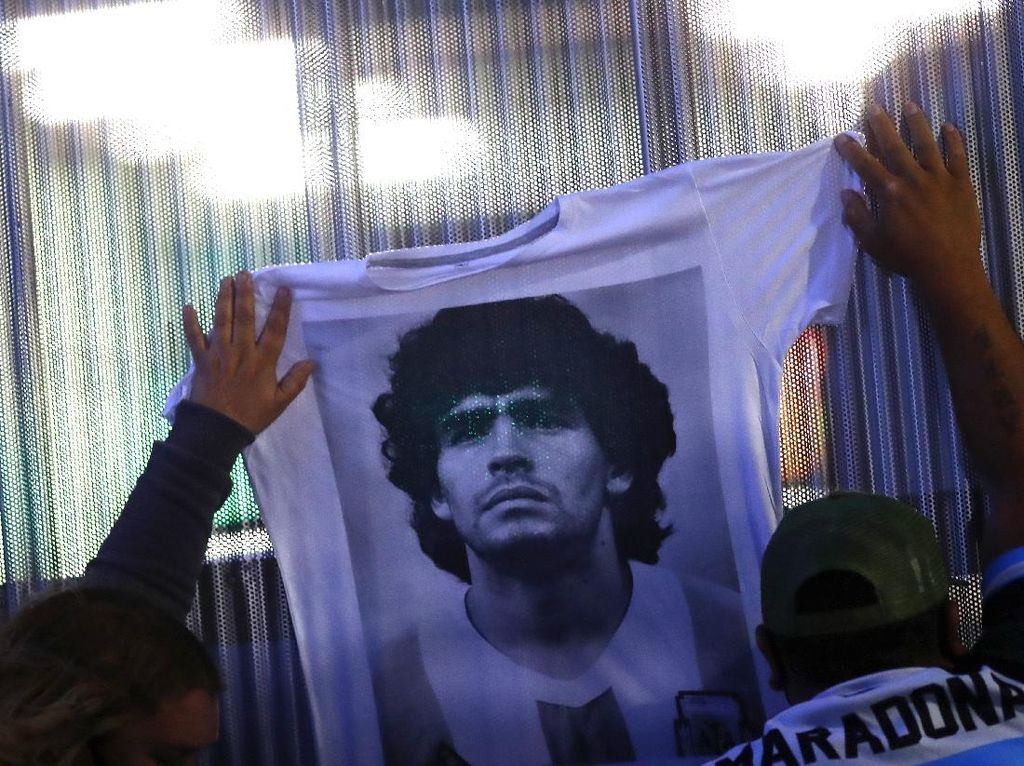 Bahkan Sebelum Maradona Meninggal Dunia, Jejaknya Diburu Pelancong Dunia