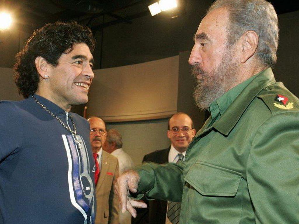 Diego Maradona Wafat Tepat di Tanggal Kematian Ayah Keduanya
