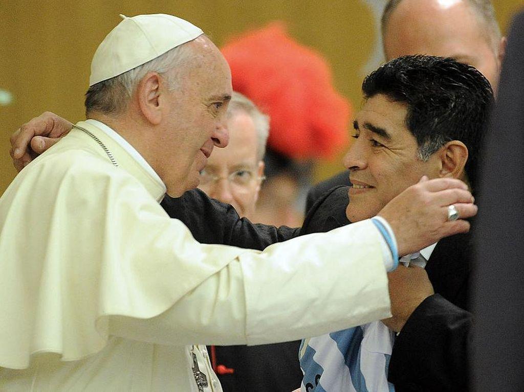 Maradona Selalu Ada dalam Doa Paus Fransiskus