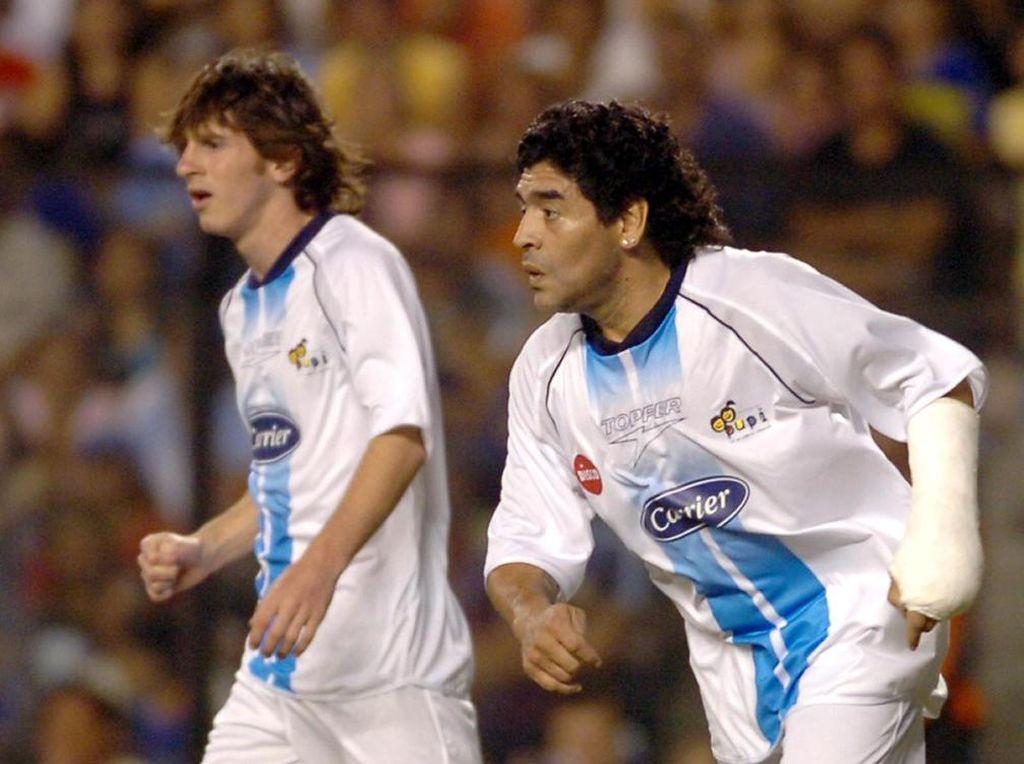 Sudah Tahu Lionel Messi dan Maradona Pernah Main Bareng?