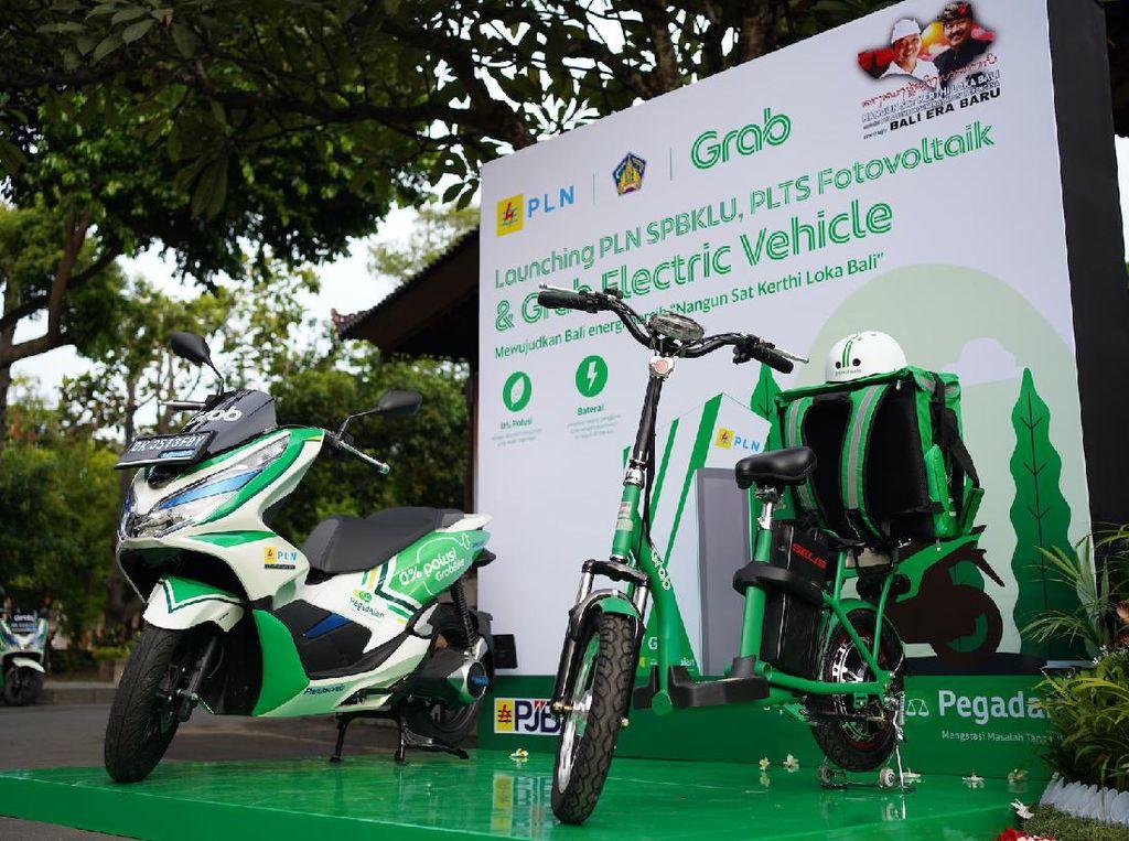 Motor Listrik Pengantar Makanan di Bali