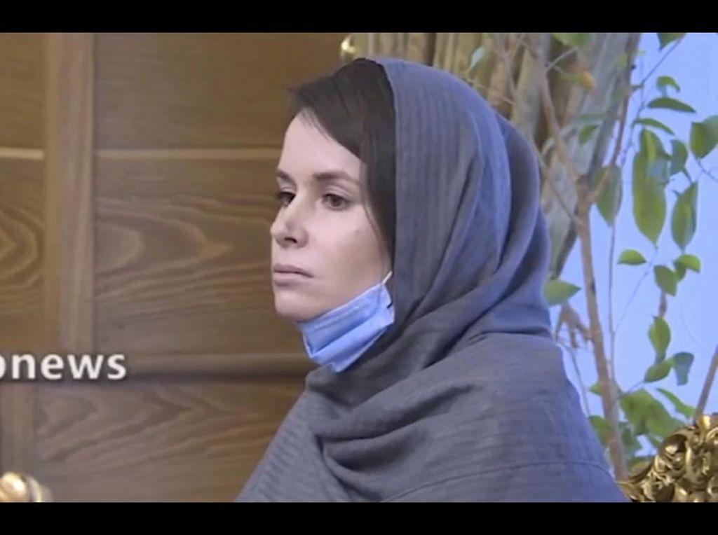 Iran Bebaskan Akademisi Inggris-Australia, Ditukar dengan 3 Warganya