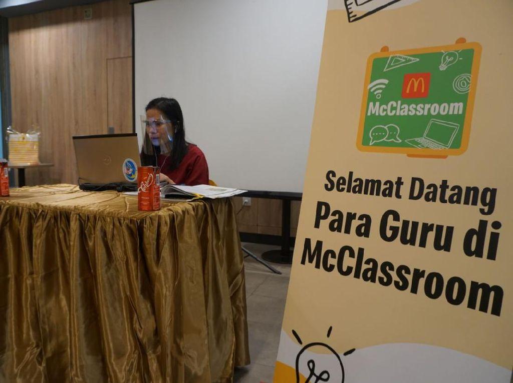 McDonalds Ubah Ruang Pesta Jadi Kelas Guru Online