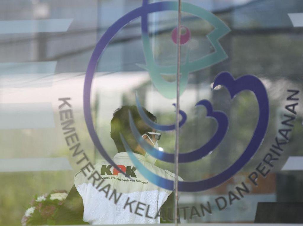 Penyidik KLHK-KKP Ajukan Judicial Review UU TPPU ke MK