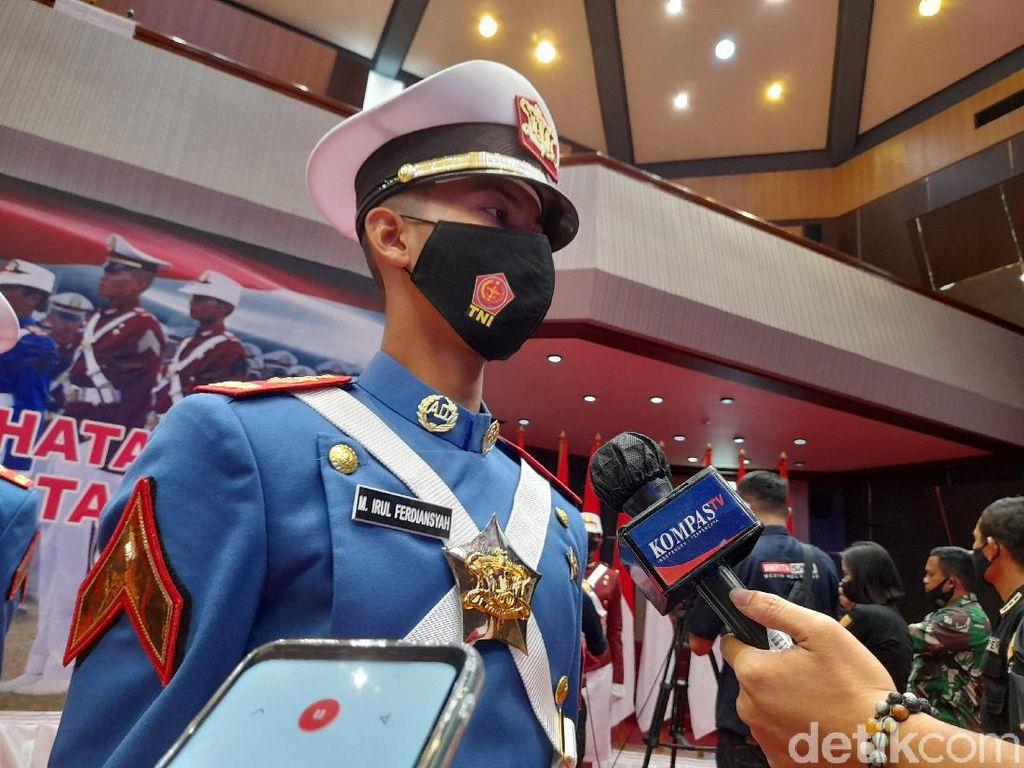 Mantan Penjual Kue Moci Ini Wakili Prajurit Taruna Diwisuda Panglima TNI