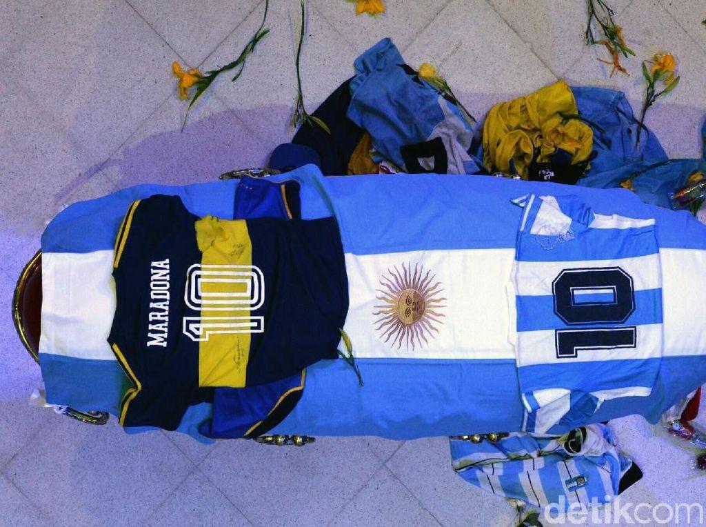 Mengapa Putra Maradona Tak Hadiri Pemakaman Ayahnya?