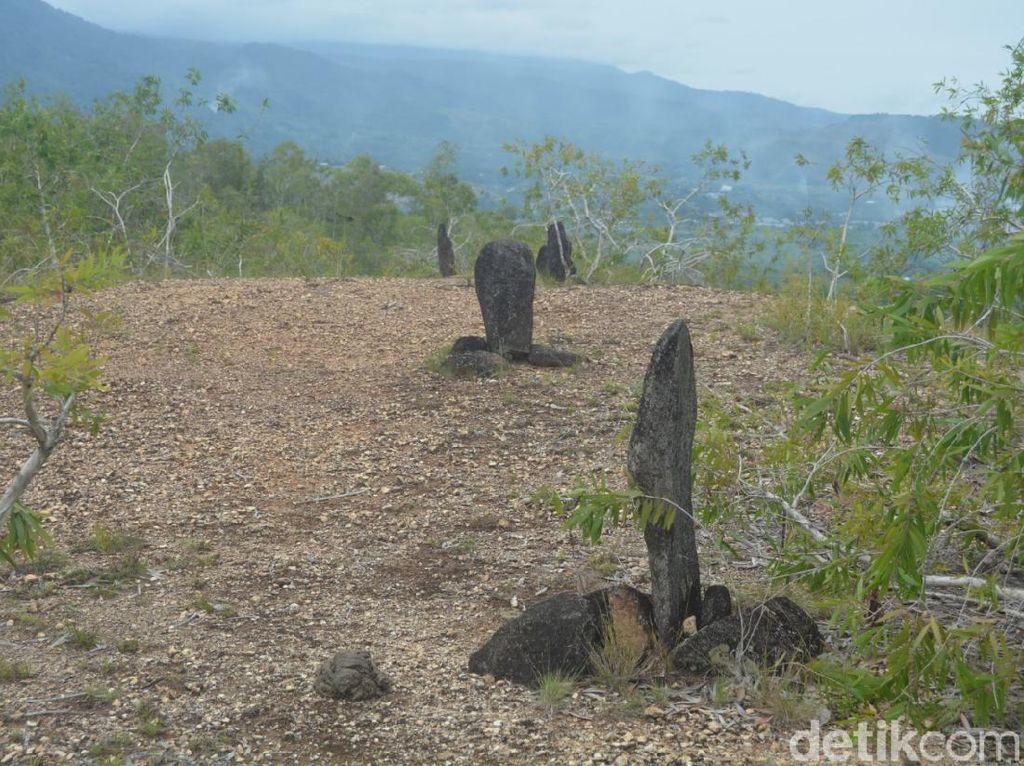 Foto: Batu Tegak Papua yang Bisa Kabulkan Permohonan