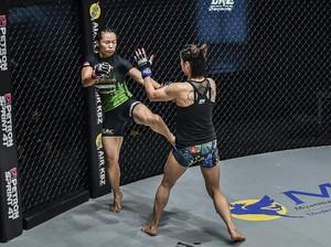 ONE Championship: Petarung Indonesia Ingin Main di Atomweight Grand Prix