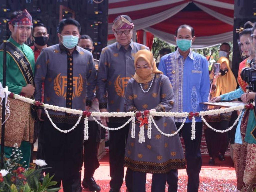 Resmikan Mal Pelayanan Publik di Palembang, Menpan RB: 1 Pintu Selesai