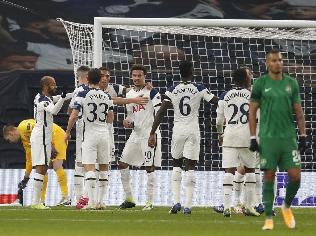 Klasemen Liga Inggris: Tottenham Geser Liverpool