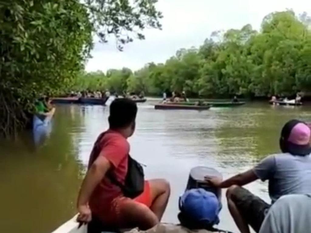 Viral Puluhan Perahu Cari Warga Kalsel Diterkam Buaya, Begini Ceritanya