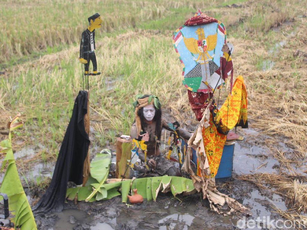 Wayang Panen Sidoarjo, Pertunjukan Seni Kontemporer di Tengah Sawah