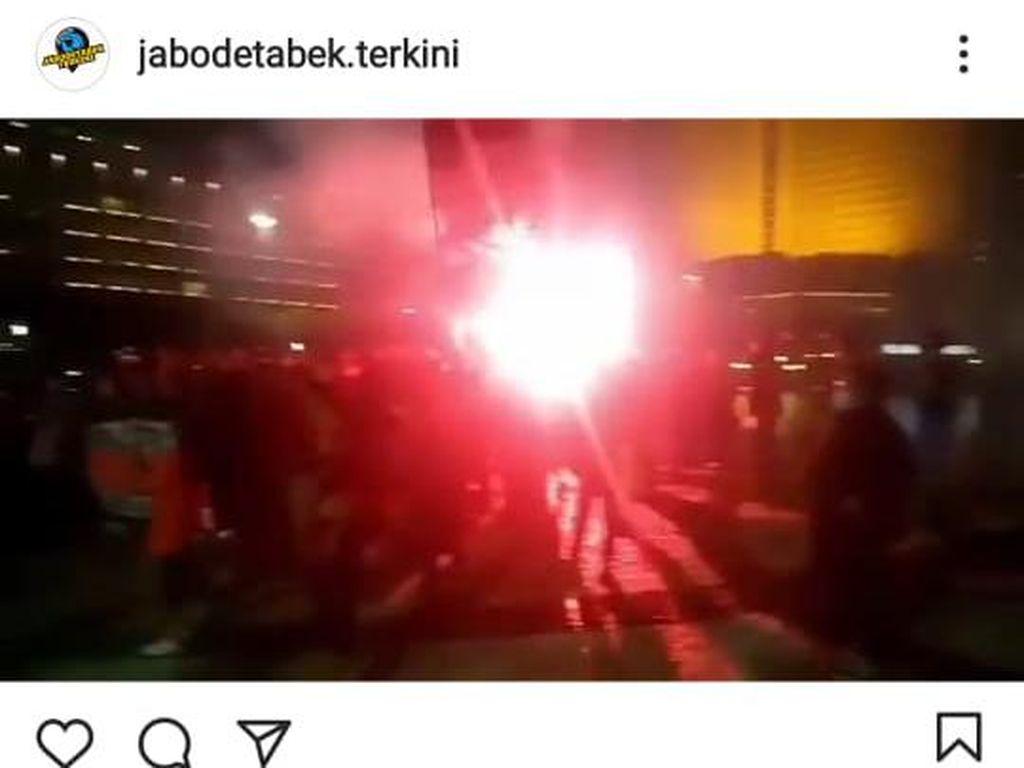Aksi Dini Hari Suporter Sepakbola di HI Dibubarkan, Ini Kata Polisi