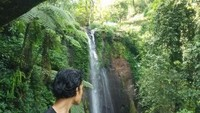 Main Air di Curug Nangka, Hati-Hati Ketemu Si Ekor Panjang