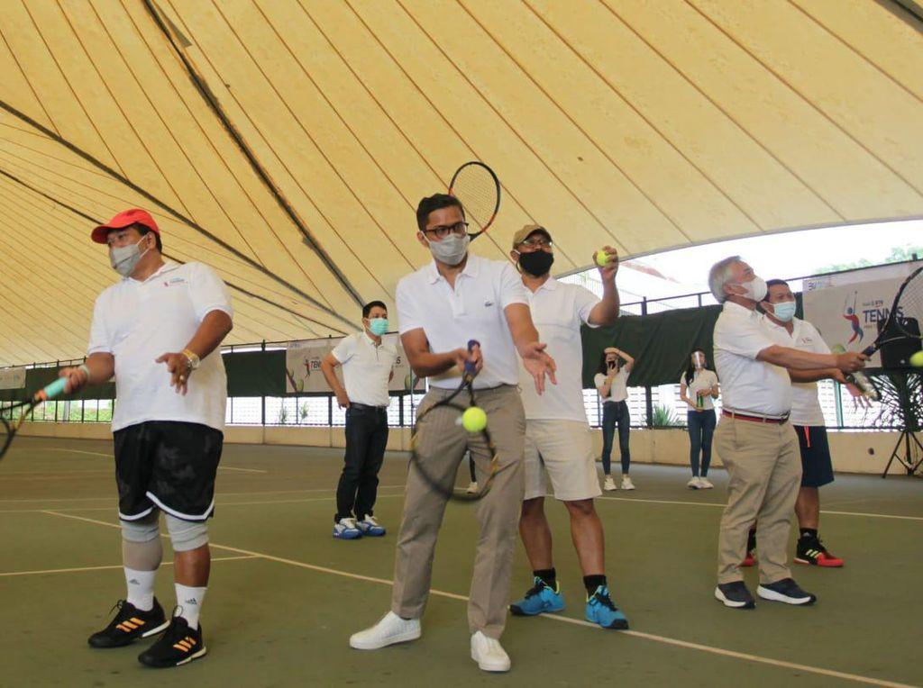 Mini Turnamen Tenis untuk Beberapa Perguruan Tinggi