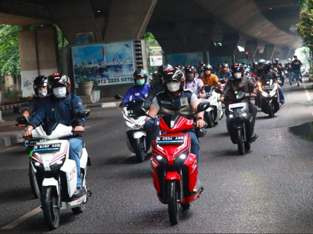 Motor Listrik Masuk Kota Bandung