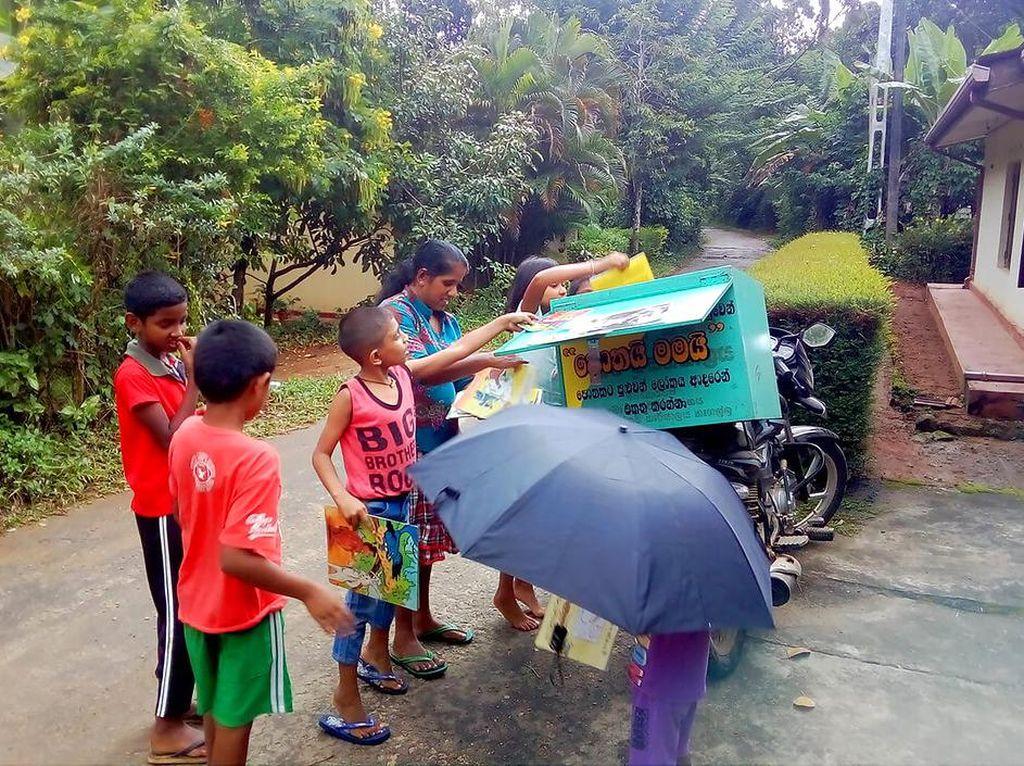 Perpustakaan Keliling untuk Anak-anak Sri Lanka