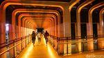 Potret Jakarta Bermandikan Cahaya Oranye-Merah di Ultah Persija