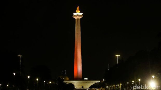Persija Jakarta celebrates its 92nd birthday, Saturday (28/11/2020).  The club creates a Jakarta atmosphere with orange and red nuances at several points in the capital city.